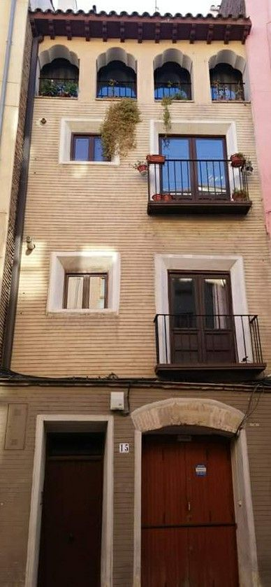 Casas de Zaragoza España.
