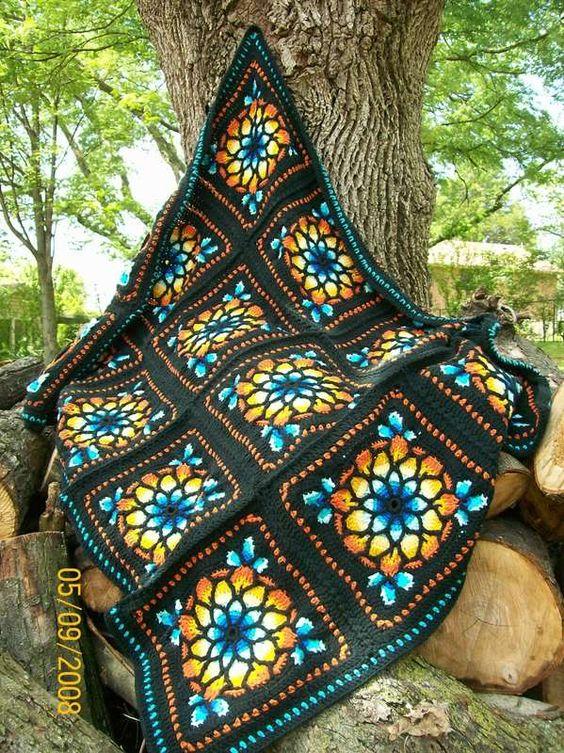 ⛪  Janela da Catedral Crochê Coberta Acolchoada itens decorativos Criações -  /   ⛪  Cathedral Window Crochet Quilt Knacks Creations -