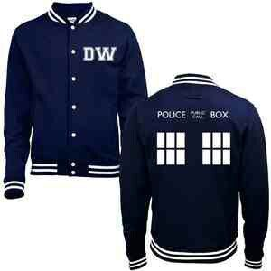 Amazing Doctor Who Tardis sweater! =)
