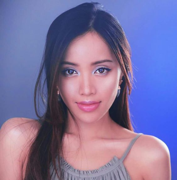 Michelle Phan. a long time ago i read her book and i was really fascinated by her journey to success. she creates a very serene and gentle environment and although i havent looked into much about her recently i can admire what i do know about her.