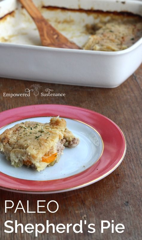 Paleo Shepherd's Pie with a cauliflower + parsnip topping. This is a ...