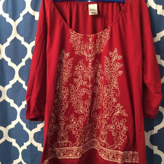 Super cute JMS Tunic 3x With Embroidered Design This is a JMS tunic size 3x. It has 3/4 sleeves and the design on the front is made to look like embroidery. Very special top! Worn once. Great condition! Jms Tops Tunics