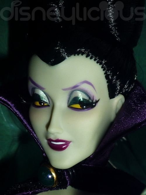 Disney Villains Maleficent | Collectables : Disney Villains Designer Collection: Maleficent