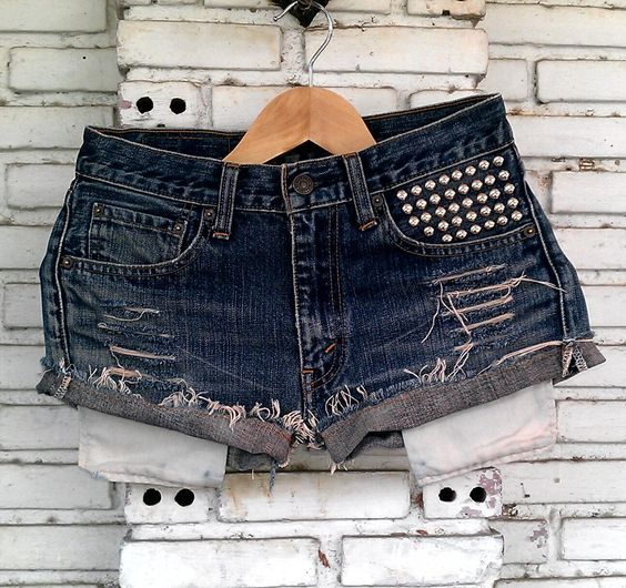 Vintage Studded Shorts 29 Waist by KodChaPhorn on Etsy, $25.00