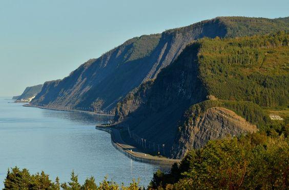 Gros Morne. Photo Marc Loiselle, Le Québec maritime. #Gaspesie