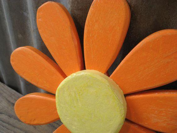 Kleine hölzerne Blume gehärtet rustikal Girls Teen von GSEartworks