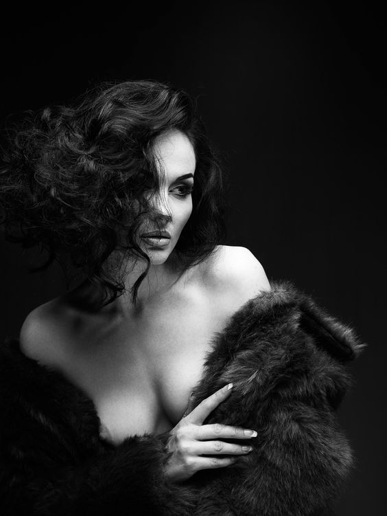 Femme fatale, Peter Coulson