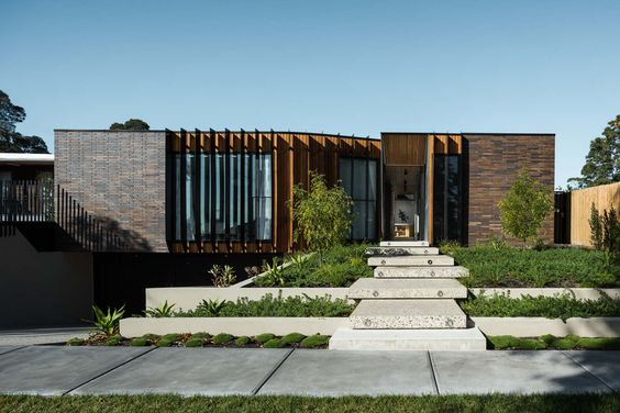 Courtyard House - figr. This would be my dream home.