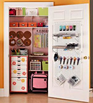 Jewelry Crafting Table Eso Behind Crafting Table Stuck Division 2 Craft Room Closet Small Craft Rooms Craft Storage Ideas For Small Spaces
