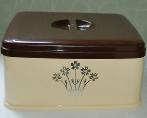 Store your fabulous cup cakes in this RETRO CAKE STORAGE CONTAINER PLASTIC CAKE BOX SHABBY CHIC VINTAGE STEWART | eBay