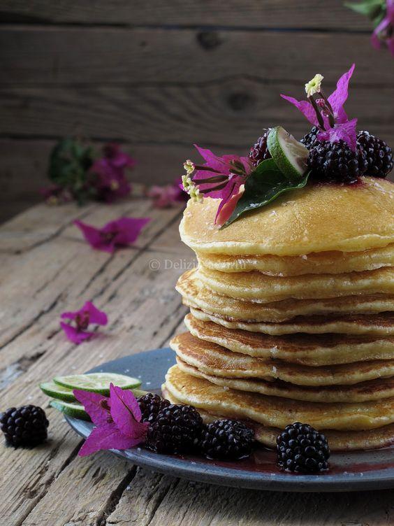 Pancakes cocco e lime con sciroppo di zenzero