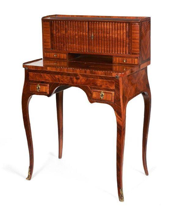 petit bureau gradin dit bonheur du jour en bois de rose et bois de violette filets de bois. Black Bedroom Furniture Sets. Home Design Ideas