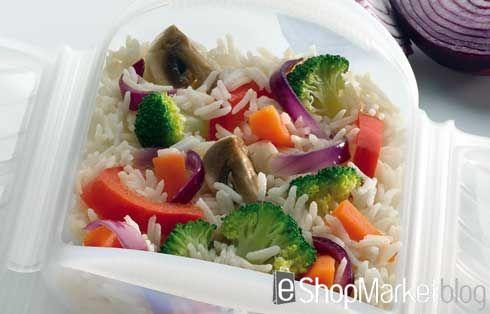 Hoy os presentamos una nueva receta con el estuche al vapor de Lékué: arroz Basmati con verduras. Cocina sana, nutritiva y muy fácil de elaborar que apenas requiere de quince minutos.