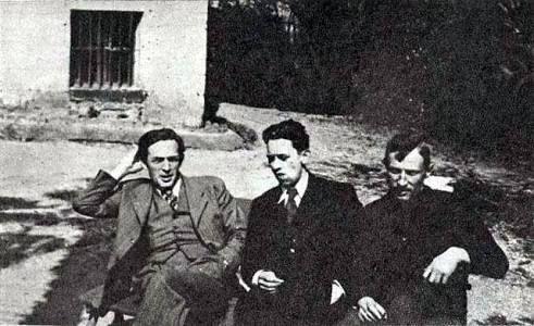 Los tres matemáticos polacos que rompieron el código Enigma .