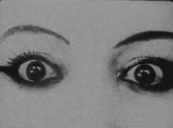 Só olhos