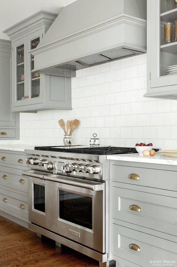 Küche küche glasfront grau : Graue Schränke, Grau and Küchenschränke on Pinterest