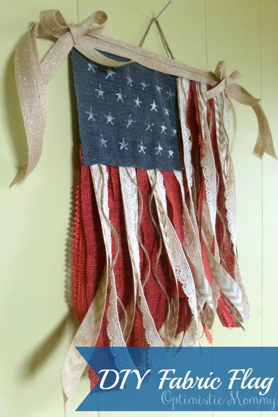 4th of July Crafts - DIY Fabric Flag: