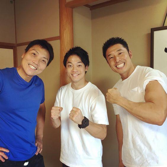 八木さんと中山さんとおばたのお兄さん