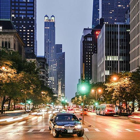 Oh hey there, Magnificent Mile, you never looked so good. #Chicago #byMario Photo Credit: @skyscraperfan