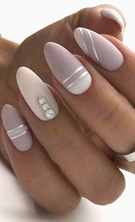 dekoration till naglar