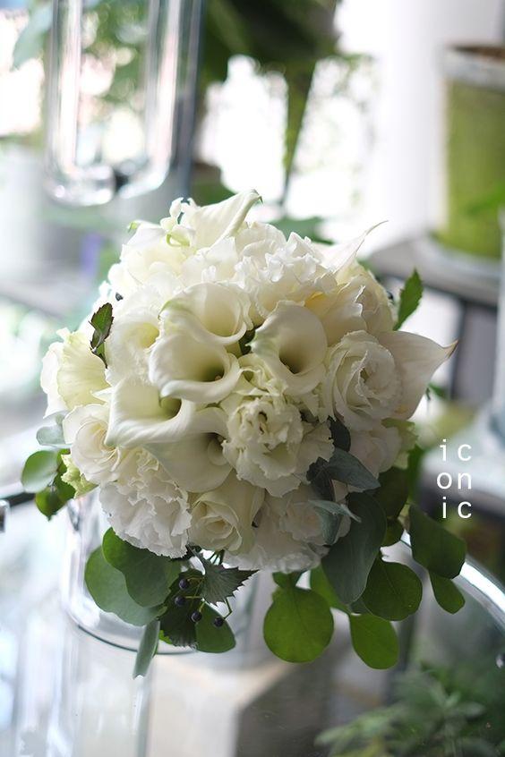 Eustoma,Eucalyptus,Wedding bouquet,iconicflower