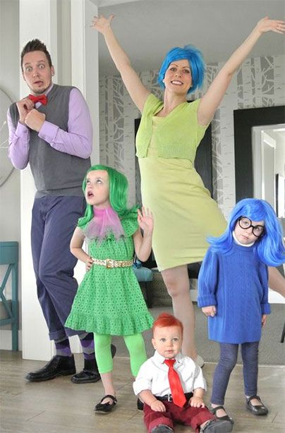Cute and Clever Family Halloween Costume Ideas