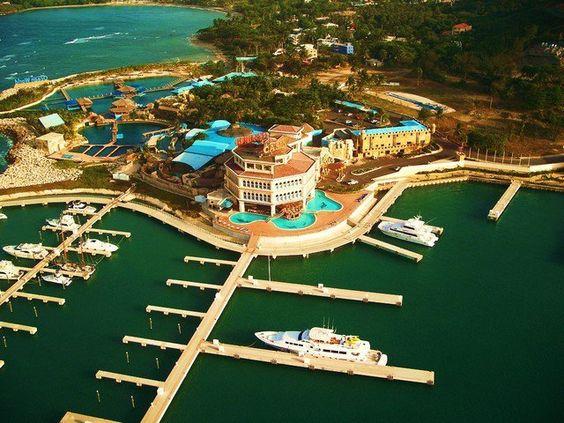 Marina del Parque Acuático Ocean World Adventure Park Marina & Casino en Cofresí, Puerto Plata, R.D.