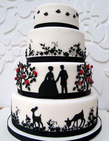 Black-and-white-Fairytale-wedding-cake