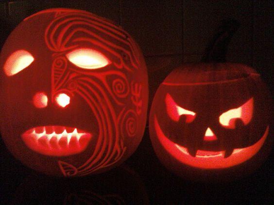 Maori head carving pumpkin & his evil lill' buddy