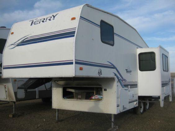 25ft terry 5th wheel travel trailers campers lethbridge kijiji 5th wheels pinterest. Black Bedroom Furniture Sets. Home Design Ideas