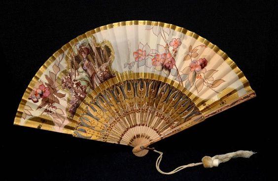 Gorgeous RARE Edwardian Antique Vintage Wood Paper Hand painted Fan Royal Lady