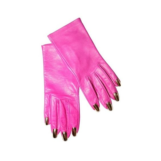 DOMINIC JONES - GOLD NAIL GLOVES (¥90,930) ❤ liked on Polyvore featuring accessories, gloves, pink, перчатки, dominic jones, gold glove, gold metallic gloves, synthetic gloves and metallic gloves
