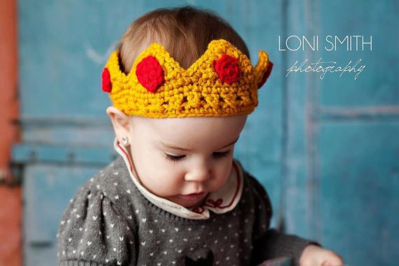 Baby Prince Princess Crown Hat - Crochet Newborn NB Beanie Boy Girl Costume Halloween