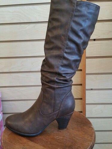 The perfect heeled brown boots for fall