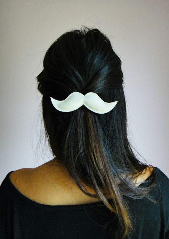 Moustache Hair Clips. @Erica Cayton, @Colette Haley, @Tracy Moran, @Emily Spehek and anyone else who is interested: we are SO making these during a Crafternoon in the near future!