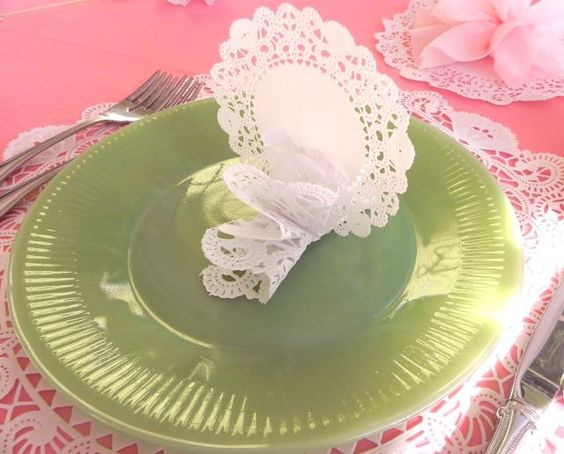 """""""Freshly Picked Lace"""" Place Card"""