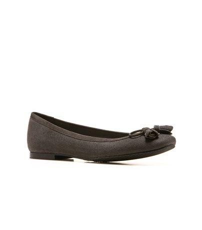 TULIPBOW: Flats : Shoes | Stuart Weitzman