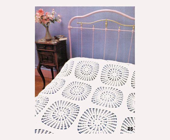 Genuine Vintage Stylish Lacy Sunflower Radiating Kitsch Bedspread Motif Crochet Pattern PDF