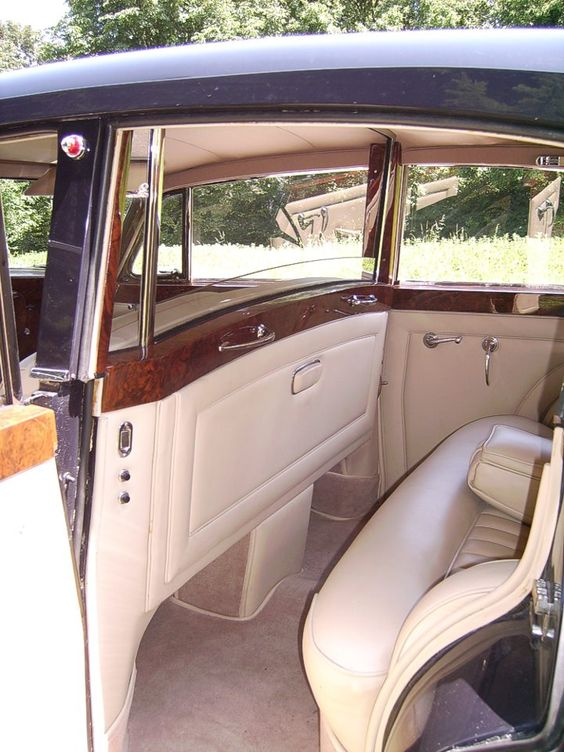 1958 Limousine (with division) by Chapron (chassis LBLC22)