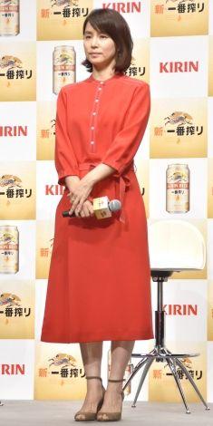 『KIRIN新・一番搾り』CM発表会に出席した石田ゆり子