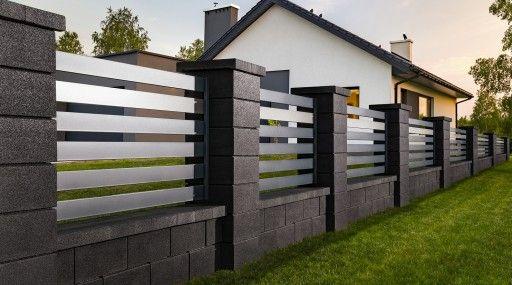Tarczynscy Brama Przeslo Ogrodzenie Palisadowe P35 Architektura Polotwarta Beton Architektoniczny Brama