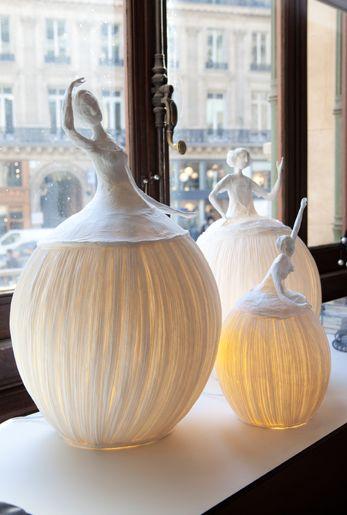 Light sculptures by L'atelier Papier à Êtres: Sophie Mouton-Perrat and Frédéric Guibrunet