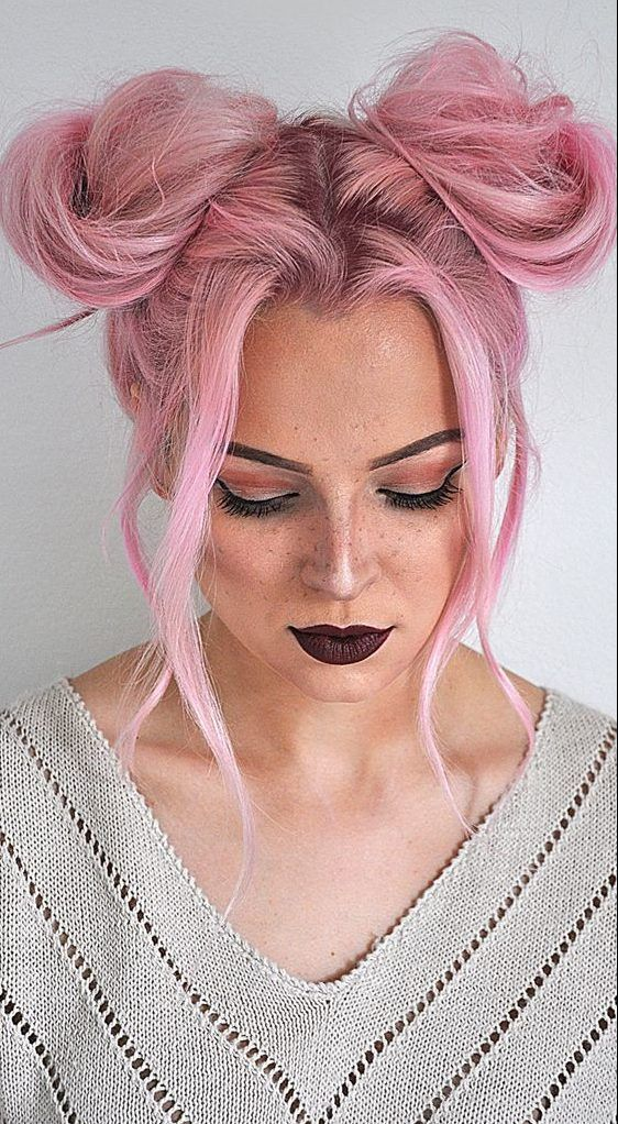 34 Space Buns You Can Easily Copy How To Make Space Buns Tutorial With Hairstyle Hair Styles Hair Tutorial Hair Bun Tutorial