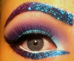 Theatrical Eye Makeup, Love this colour combination