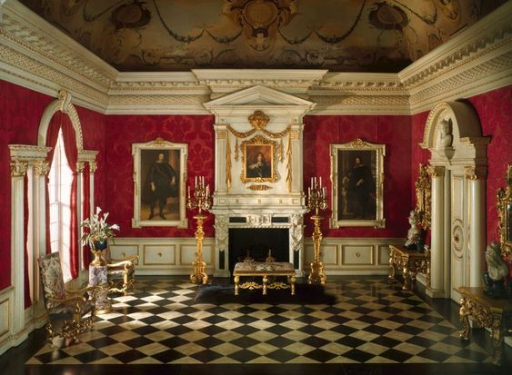 Red and gold baroque room