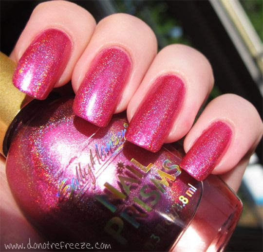Sally Hansen Nail Prisms Ruby Diamond (Do Not Refreeze)