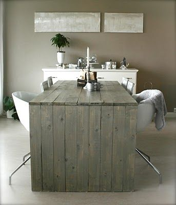 Love the grey wood desk and being able to see the planks. the non ...