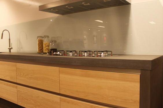 Houten keukens - klassieke-keuken - keuken - Wonen.nl