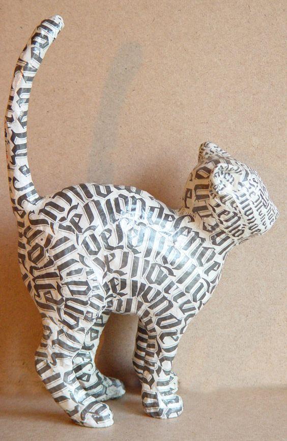 http://www.nicoleetaude.com chaton en papier mâché