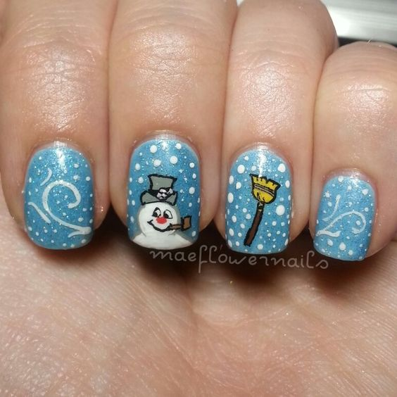 IG maeflowernails- Frosty the Snowman mani
